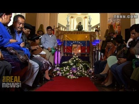 Bolivianos Lamentan la Muerte de Chávez