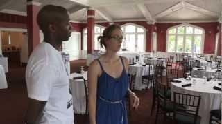 Lizzy & Vladimir bekijken de trouwlocatie | Grenzeloos Verliefd | Extra