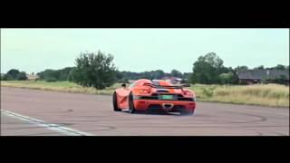 Download Video Koenigsegg Sounds MP3 3GP MP4