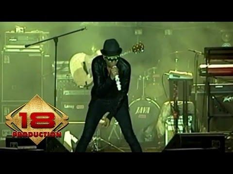 Drive - Akulah Dia  (Live Konser Semarang 2 Oktober 2010)