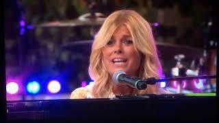 Pernilla Wahlgren - Längtan (Allsång på Skansen 2018)