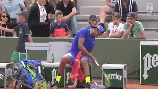 Fans shocked as Nick Kyrgios asks spectator for a BEER at the French Open