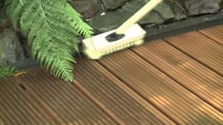 Уход за террасной доской Megawood(В этом видео говорится о том, как правильно и с помощью каких средств ухаживать за террасной доской Megawood...., 2014-11-22T13:48:47.000Z)