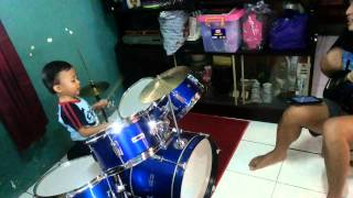 Anak anak Cover Lagu Flashlight  | Baby Cover Flashlight Song