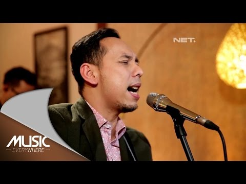 Pongki Barata  - Meski Tlah Jauh (Kla Project Cover) (Live at Music Everywhere) *