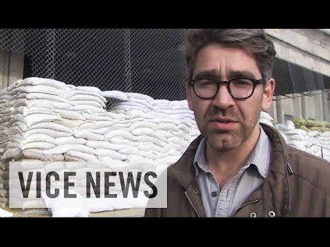 "Simon Ostrovsky Questions ""Mayor"" of Sloviansk: Russian Roulette in Ukraine (Dispatch 29)"