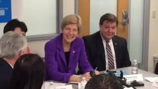 Senator Elizabeth Warren Visits Manet Community Healthcare Quincy Talk About Opioids Abu