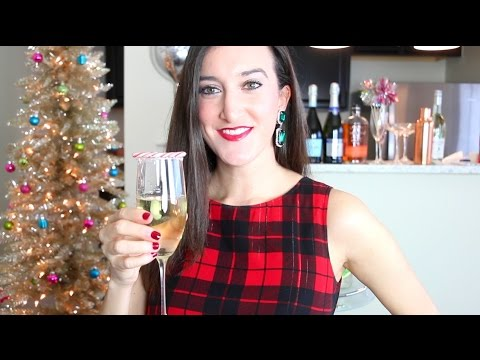 The Perfect Pairing: Christmas Cocktail and Emerald Earrings | Baubles to Bubbles
