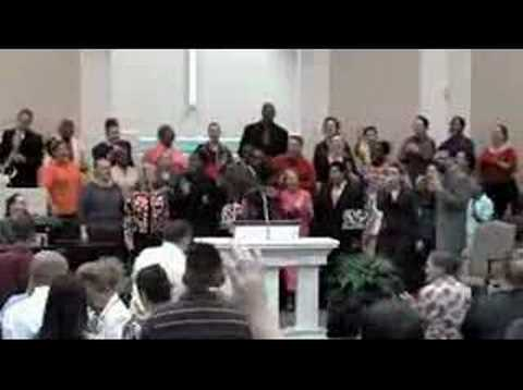 PENTECOSTAL PRAISE-HE MADE THE DIFFERENCE