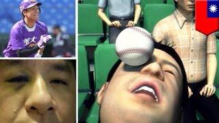野球選手が、スタンドのファンにボールを投げる……日本でもよく見られる...