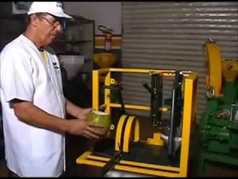 Máquina para COCO - Machine for extraction of coconut water