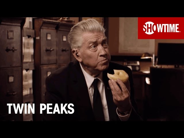 Twin Peaks | David Lynch Returns as Gordon Cole | SHOWTIME Series (2017)