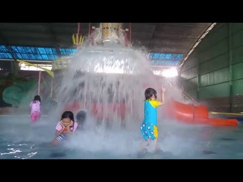 MAIN AIR | INDOOR WATERPARK PLAYGROUND