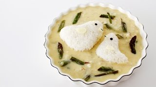 Lemon Asparagus Soup With Mom & Baby Chicken Rice Balls | 親子チキン形おにぎり入りレモンとアスパラガスのスープ