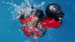CASE Tractor jumps into the pool BRUDER TOYS