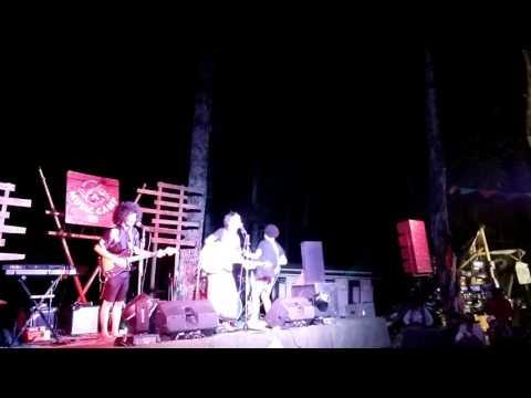 Dejammer Band & The Matoa Tree-Hubungan Salah (Aku Bukan Rocker Idaman Cover)