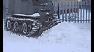 гусеничный вездеход Омик чистка снега