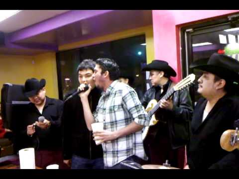 Cantantes de Banda Recoditos y Banda El Recodo juntos
