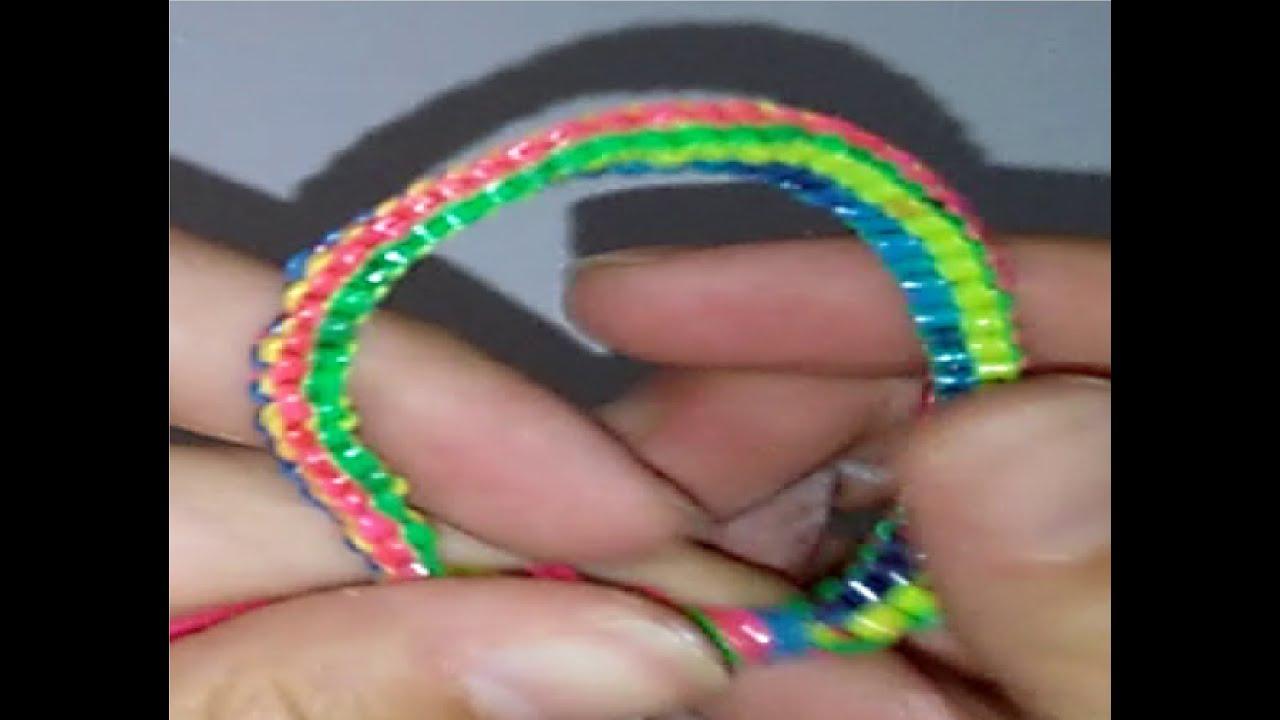3105236f92b6 Pulseras con hilos de plastico DIY tutorial manualidades - YouTube