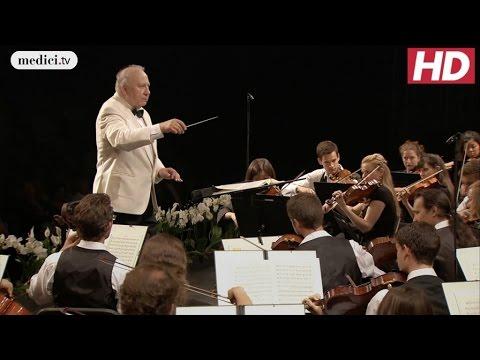 Dvorák's New World Symphony - Scherzo (Neeme Järvi and the VFO)