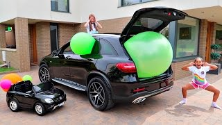 Giant Balloon Stuck In Our Car - Disney Toys
