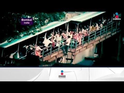 Increíble video de estampida humana en el metro de India | Noticias con Yuriria Sierra