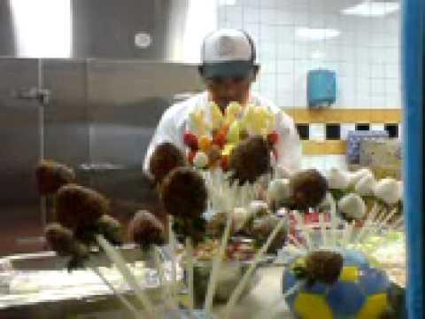 fresh fruit bouquet arrangement
