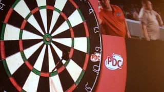 Newton vs Mervyn King, final domingo 2011 Spanish Darts Trophy