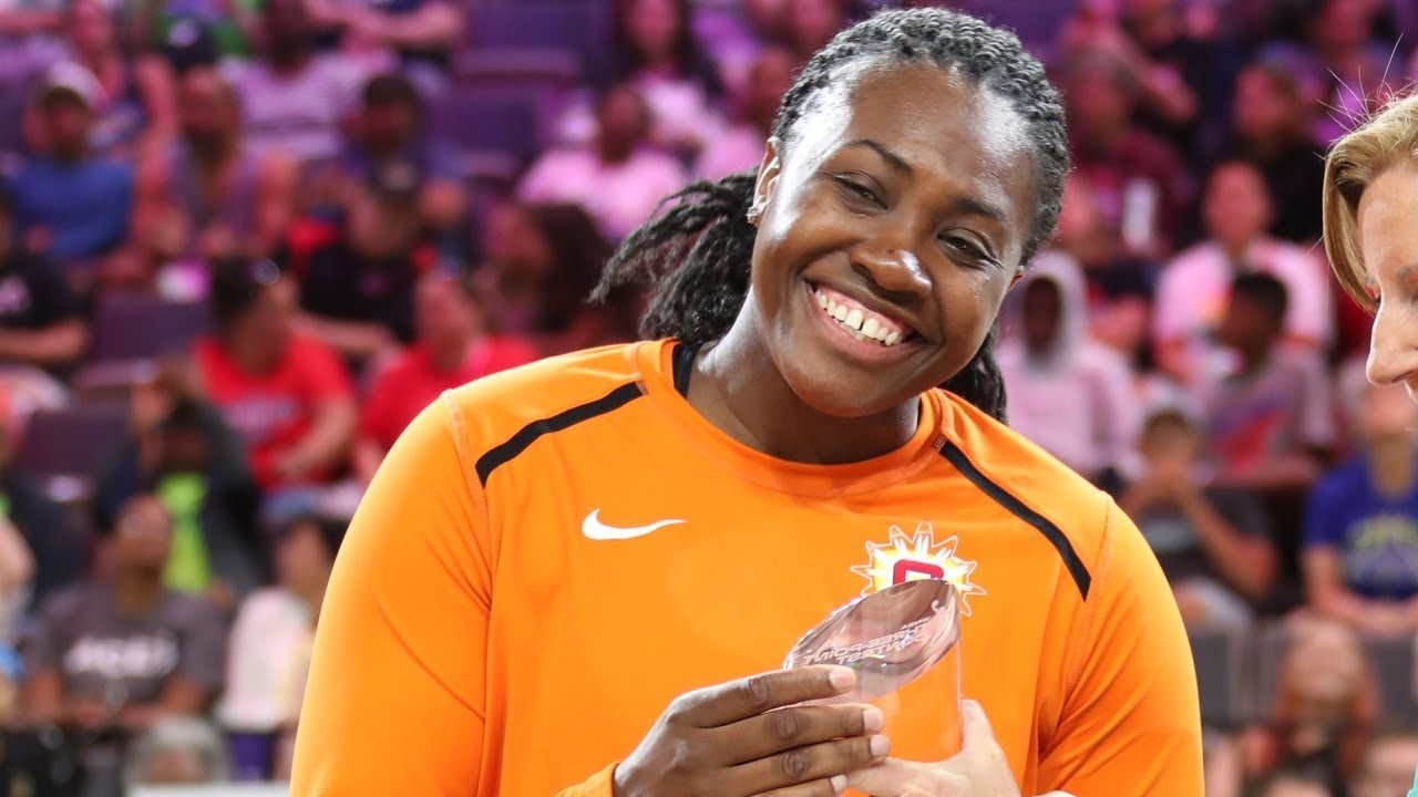 Shekinna Stricklen Wins the 2019 WNBA Three-Point Contest Presented by MTN DEW!