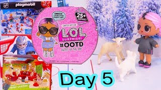 Day 5 ! LOL Surprise - Playmobil - Schleich Animals Christmas Advent Calendar - Cookie Swirl C