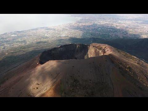 In flight on Vesuvius and inside Pompeii: the (virtual) tour with the Corriere della Sera