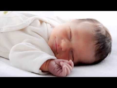 en que mes un bebe duerme toda la noche