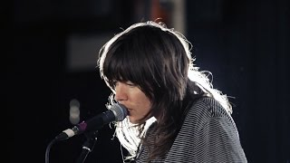 courtney barnett pedestrian at best guardian sessions