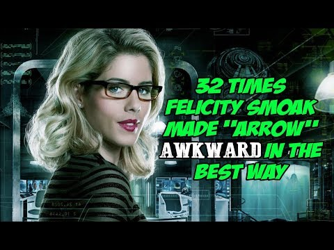 "32 Times Felicity Smoak Made ""Arrow"" Awkward In The Best Way"