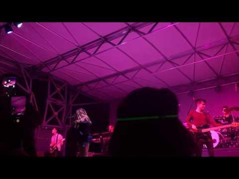Rachel Platten - Fight Song (DuPage County Fair)
