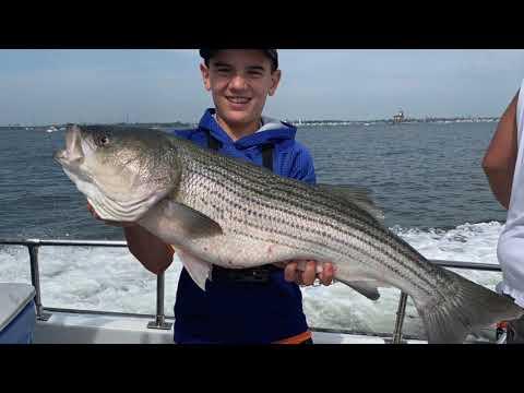 Long Island Sound Fishing !!!(Trolling For Striped Bass)!!!