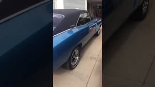1970 Dodge Charger idle