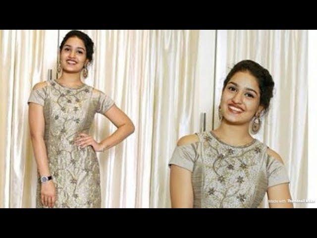 SaniyaIyappan | Queen Actress |Cute Dubsmash | Malayalam Dubsmash | New Viral Video |