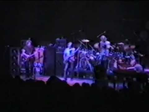 Grateful Dead 12-3-81 Dane County Coliseum Madison WI