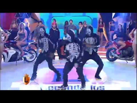 legendarios Yudi aparece de surpresa e dá show no palco do Legendários 22 03 2014 mircmirc