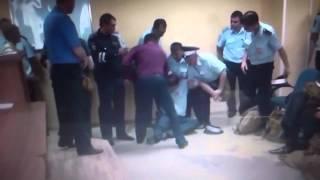 Инспектор ДПС упал в обморок после задержания.(, 2015-12-25T05:20:40.000Z)
