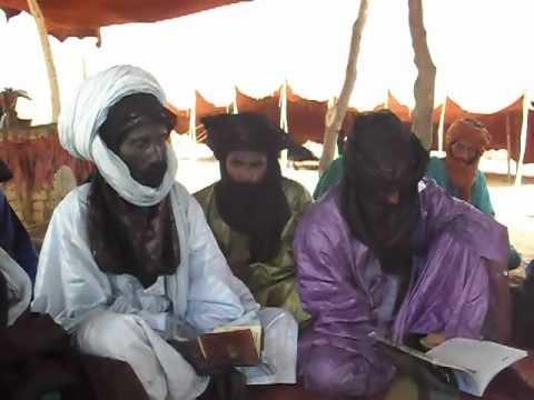 من مجالس اللغة العربية في صحراء الطوارق أزواد