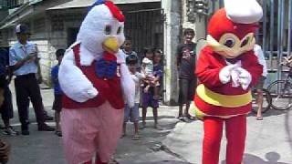 KFC vs JOLLIBEE Nobody Showdown (http://www.fourcornersalliancegroup.com/?a=dmole)