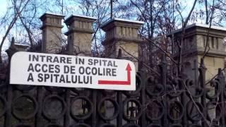 Au uns gardul cu dohot ca să nu intre nimeni la spital! - Curaj.TV