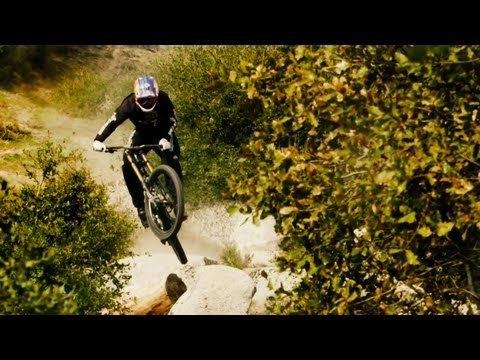 Aaron Gwin Blazes a Downhill MTB Trail in California