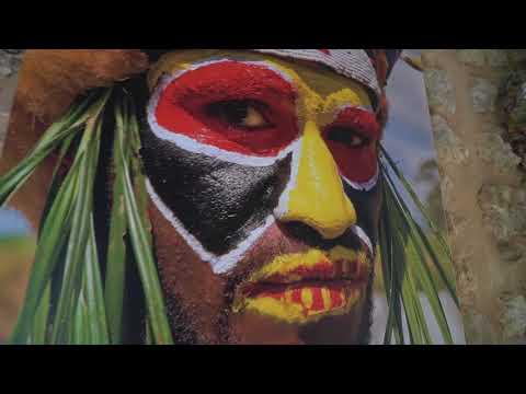 Photo Exhibition Papua New Guinea  in La Bodega - Ibiza by Ilona Leinert
