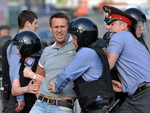 Navalny (oppositionist) detention in Moscow the Meeting on March 26, 2017