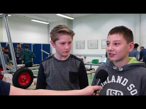 Liebherr - Liebherr-Race 2019 - Zusammenbau der Seifenkisten