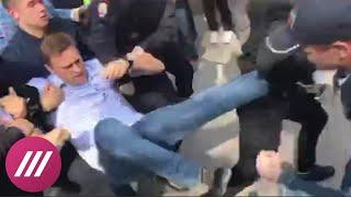 """Задержание Навального на акции """"Он нам не царь"""" в Москве"""