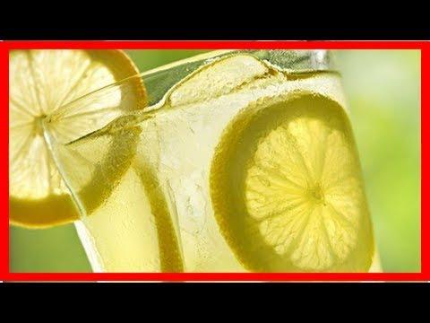 9 motivi per bere acqua tiepida e limone al mattino